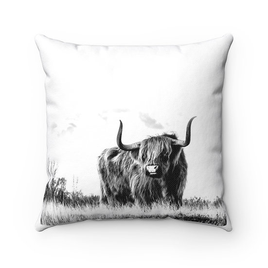 Highland Cow Farmhouse Pillow, Country Western Home Decor, Cow Lovers Gift