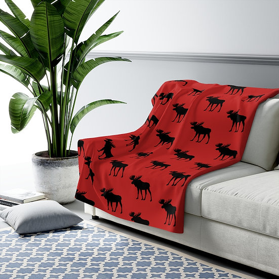 Black and Red Moose Sherpa Fleece Blanket, Farmhouse Throw, Rustic Cabin Bedding