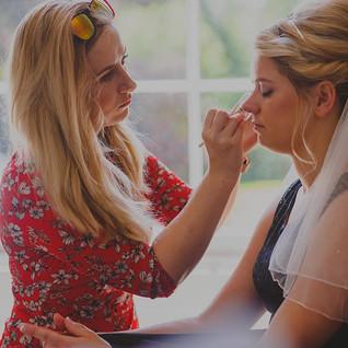 Love an action shot #bridal #bride #brid