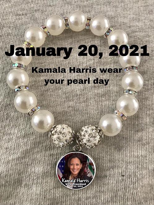 Kamala Harris pearl bracelet
