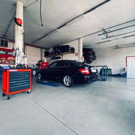 Garage Bodenacker