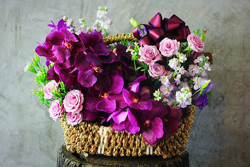 Full Bloom Basket