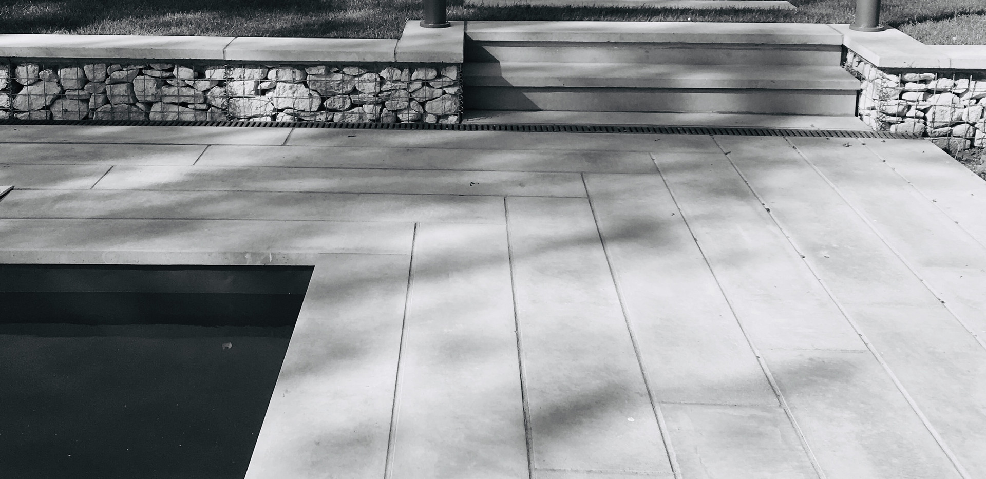 A traditional picture of your pool surround