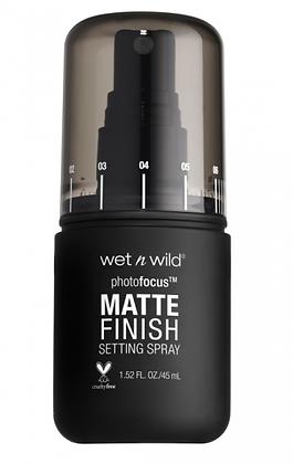 Photo Focus Matte Setting Spray Wet n Wild