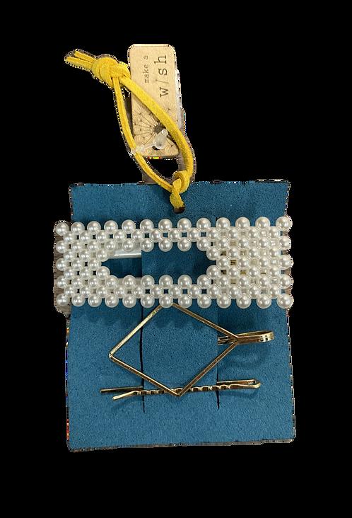 Pearl hairclip set