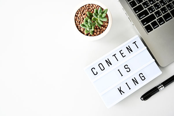 content-is-king-business-flat-lay-minima