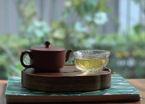 365 Teas Challenge > Day 255 - Young Sheng Pu-erh from Bang Dong