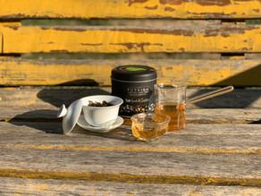 365 Teas Challenge > Day 328 - Not Just An Oolong Tea