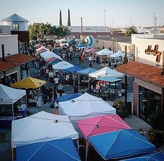 upper-valley-artist-and-farmers-market.j