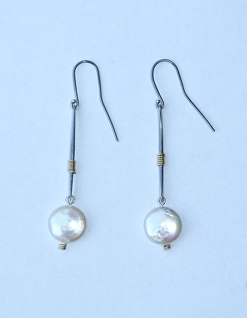 Silver Earrings, Coin Pearl/SOLD