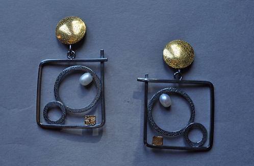Earrings, Gold & Pearl