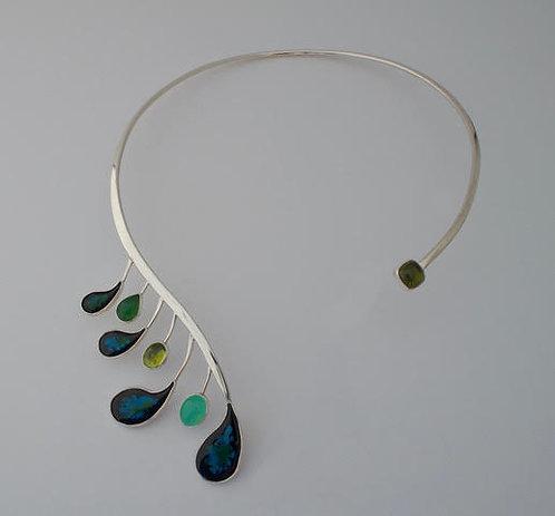 Boa Necklace