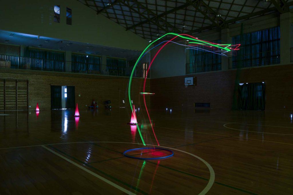 体育館で夜間訓練