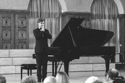 Jonas Šopa at the Gala Recital
