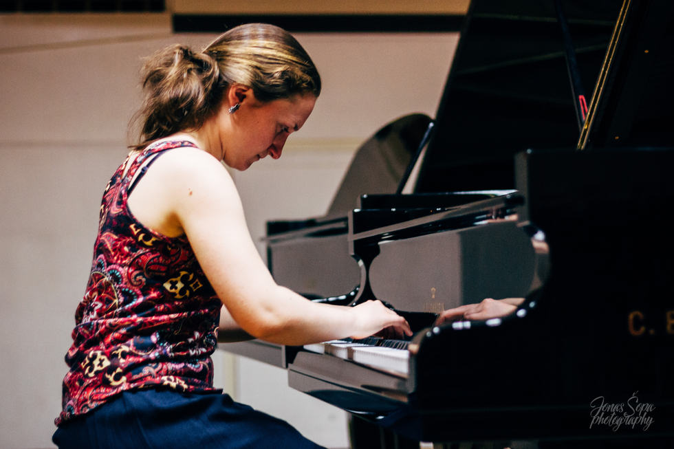 Kristina Yorgova rehearses Schumann