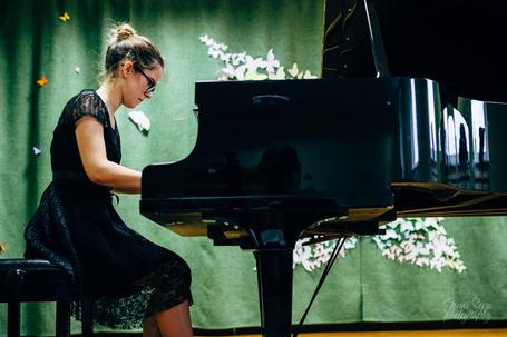 Airinė Taučaitė performs Liszt