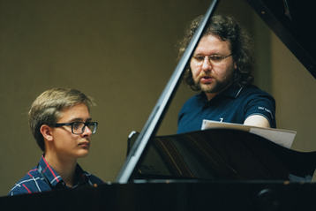 Piano lesson with Jonas Šopa