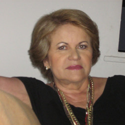 Maria Leônia Garcia Costa - GT 13