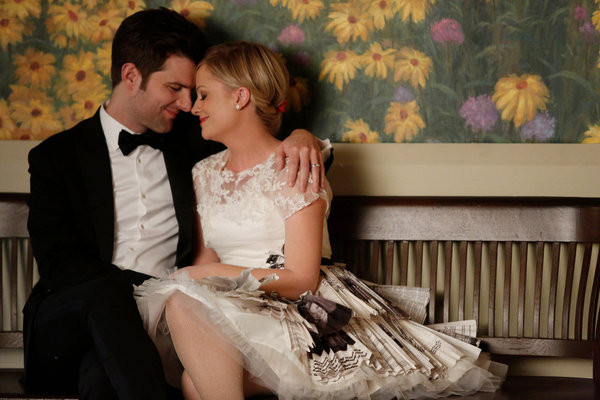 Amy Poehler and Adam Scott Reflect on Parks and Rec Love Affair