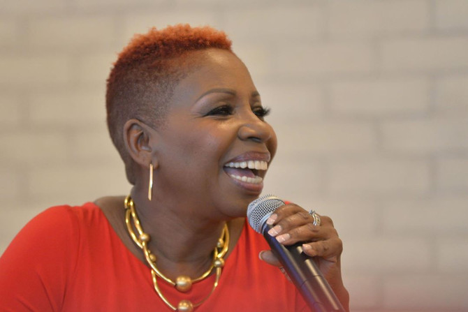 Iyanla Vanzant is Gorgeous and Okay with Her Crazy