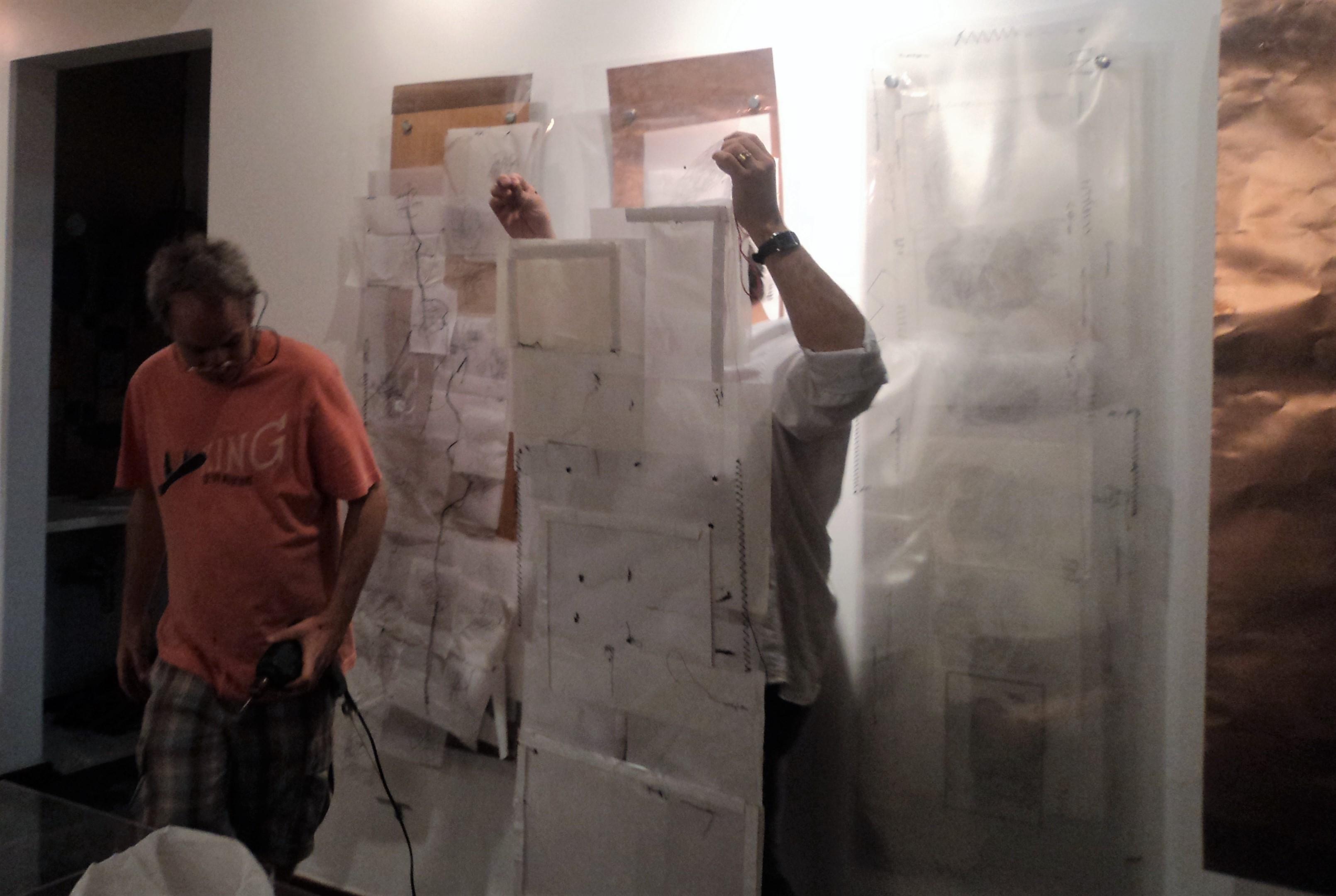 Israel Kislansky e Julio Alves na montagem em Salvador