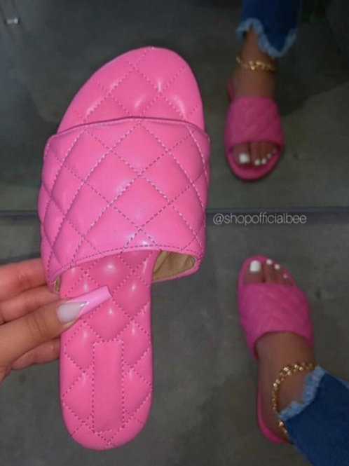 Fashion Haven Cross Pattern Pink Slippers