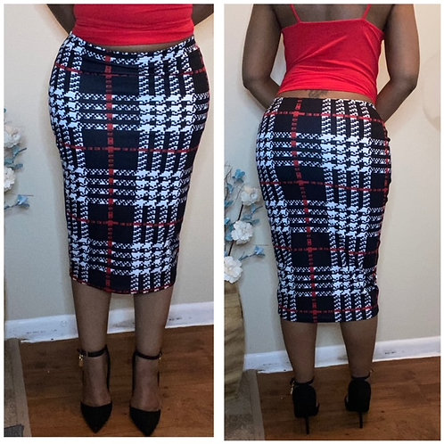 """Don't Call Me Plain"" Plaid Fitted Pencil Skirt"