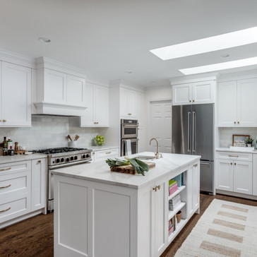 Light and bright kitchen designed by Erika Jayne Design, a Maryland based interior design firm serving the Washington, DC area