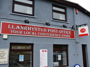 Only one book shop left in Wales!