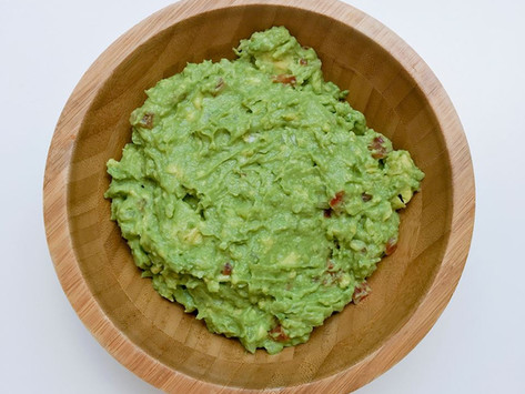 Homemade Guacamole Recipe from Jenna of The Urben Life.