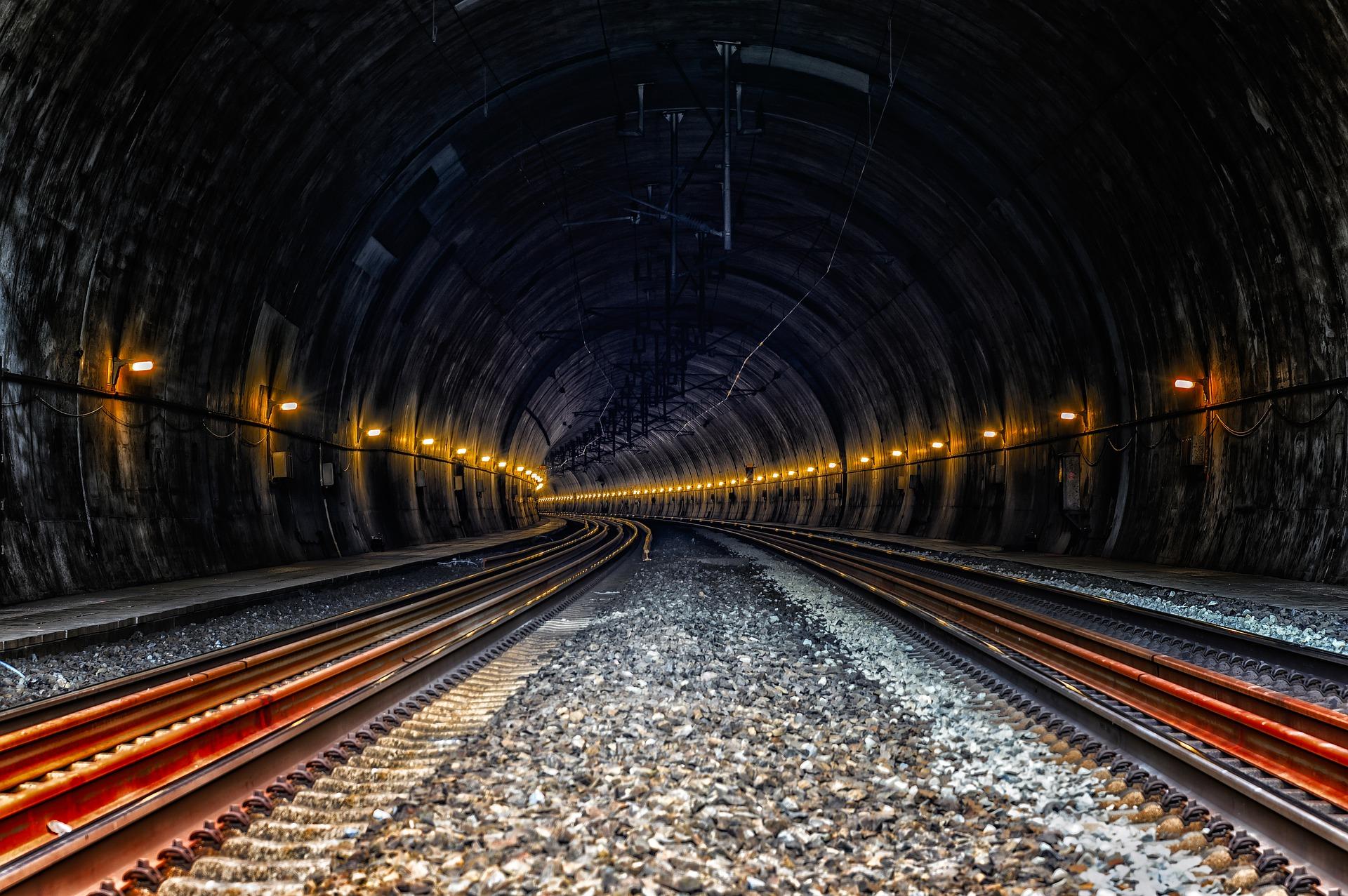 Railways & Infrastructure