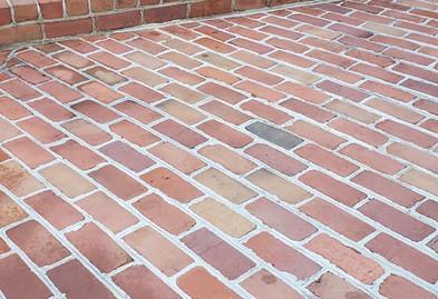 masonary-brick-sidewalk-2.jpg