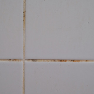 closeup-tile-dirty-in-the-bathroom-92796