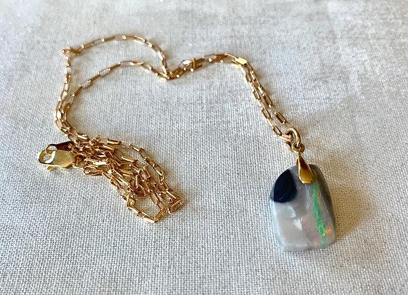 14 KT Yellow Gold Australian Opal Necklace