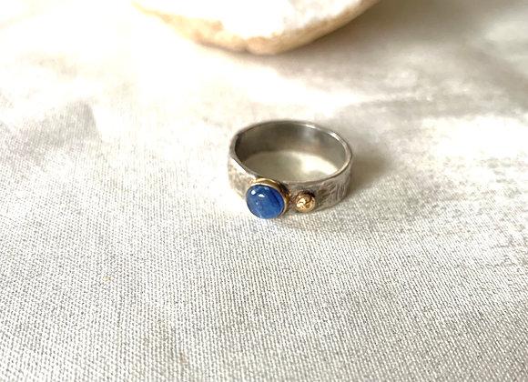 Large Kyanite mixed metal gemstone ring