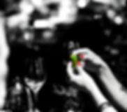 בקבוק-עם-יד.jpg
