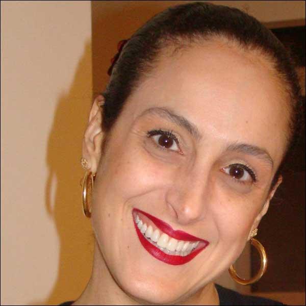 Maria Luiza Oliveira