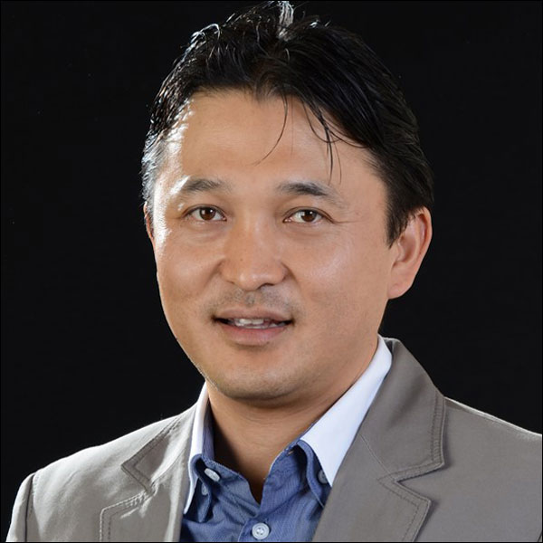Emilio Akaki