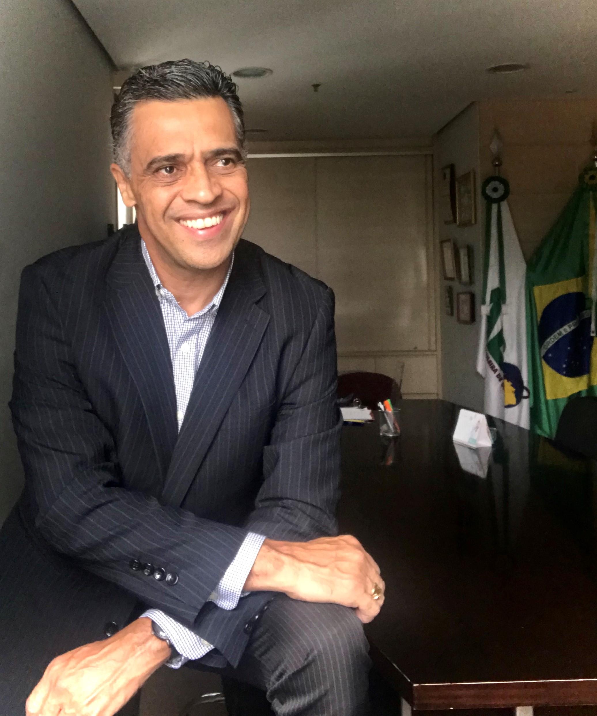 Charles Santos
