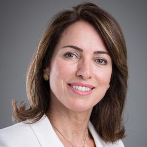 Professora Regina Celia Lopes Valadares