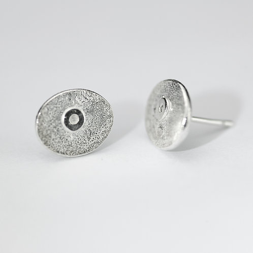 Abstract textured oval studs