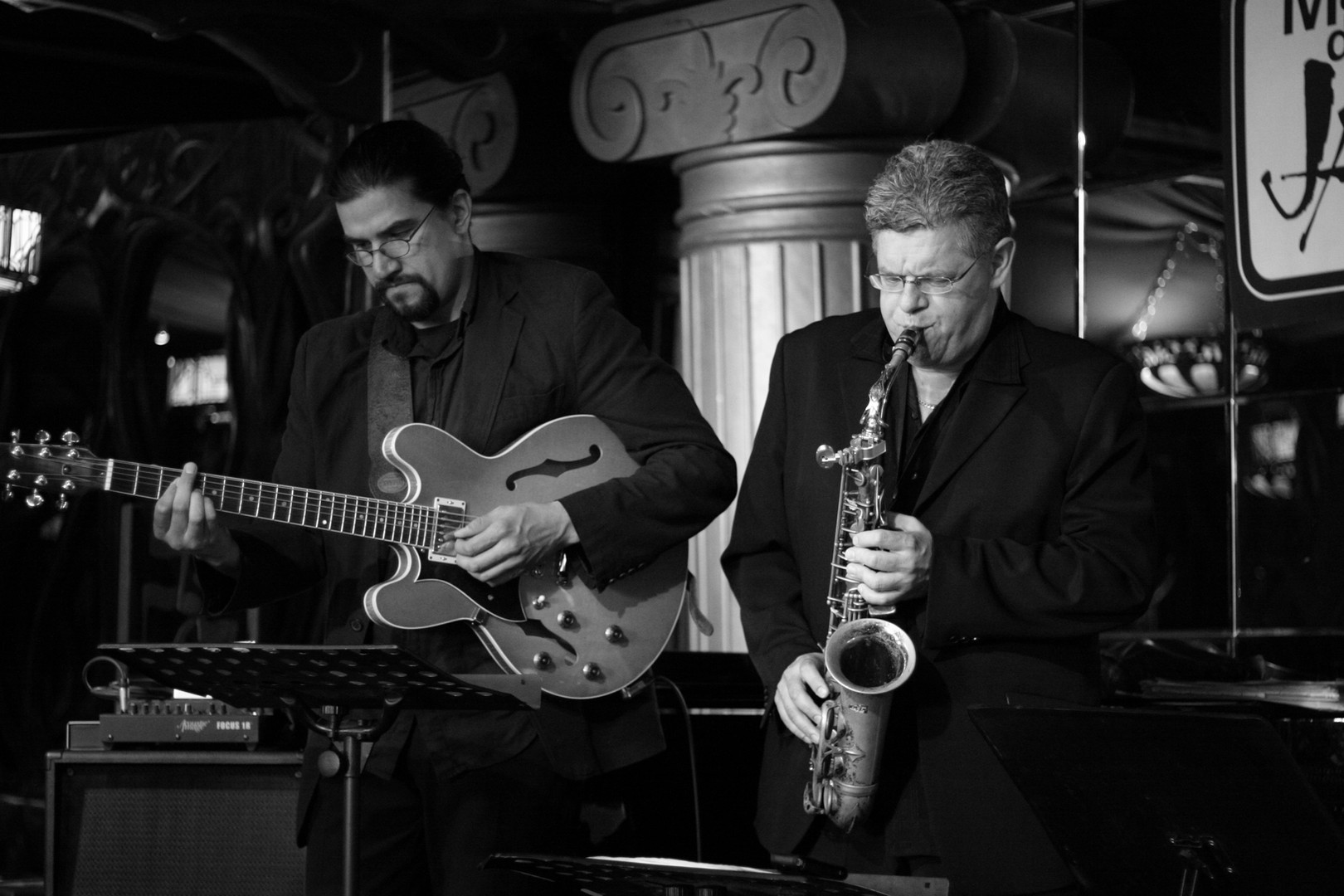 Live at House of Jazz