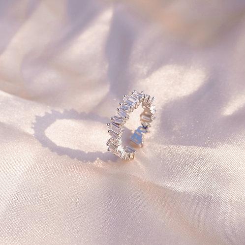 Paradise White Silver Ring