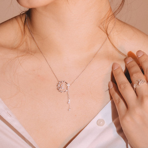 The Butterfly's Love of Flower Silver Necklace