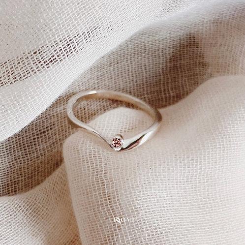 Light Rhodolite Ribbon Silver Ring