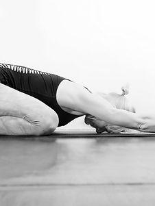 sensesandstillness_yoga_bali_wellness_offerings