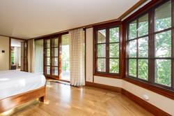 035-Master_Bedroom-4840818-large