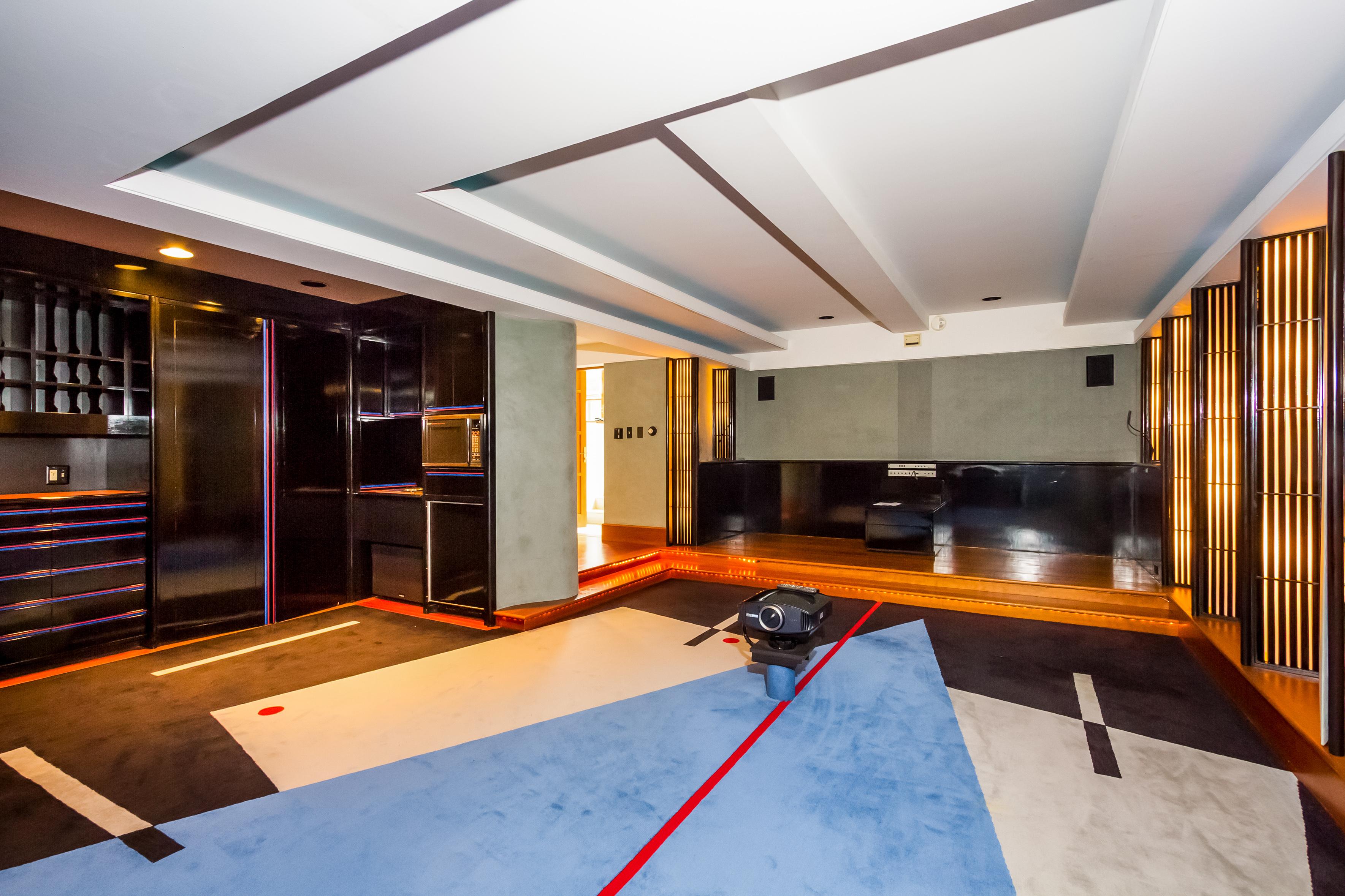 050-Media_Room-4840847-large