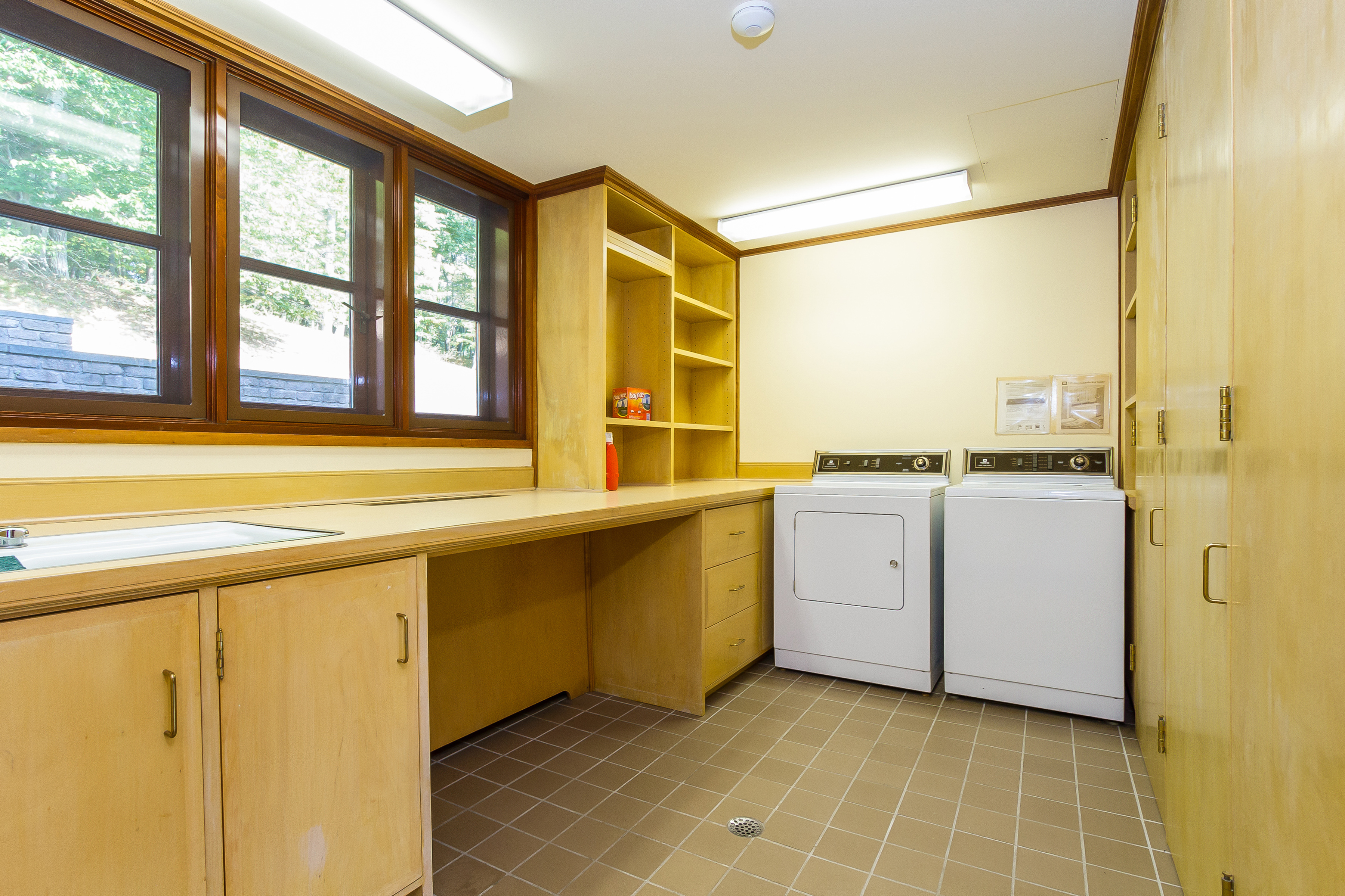 028-Laundry_Room-4840813-large