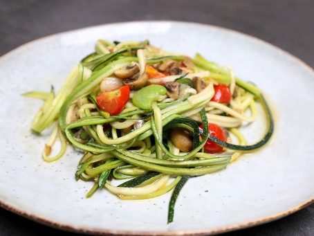 Courgetti Spaghetti with button mushrooms, broad beans, cherry tomatoes & options